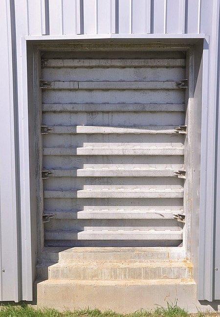 Люк для бетонного резервуара